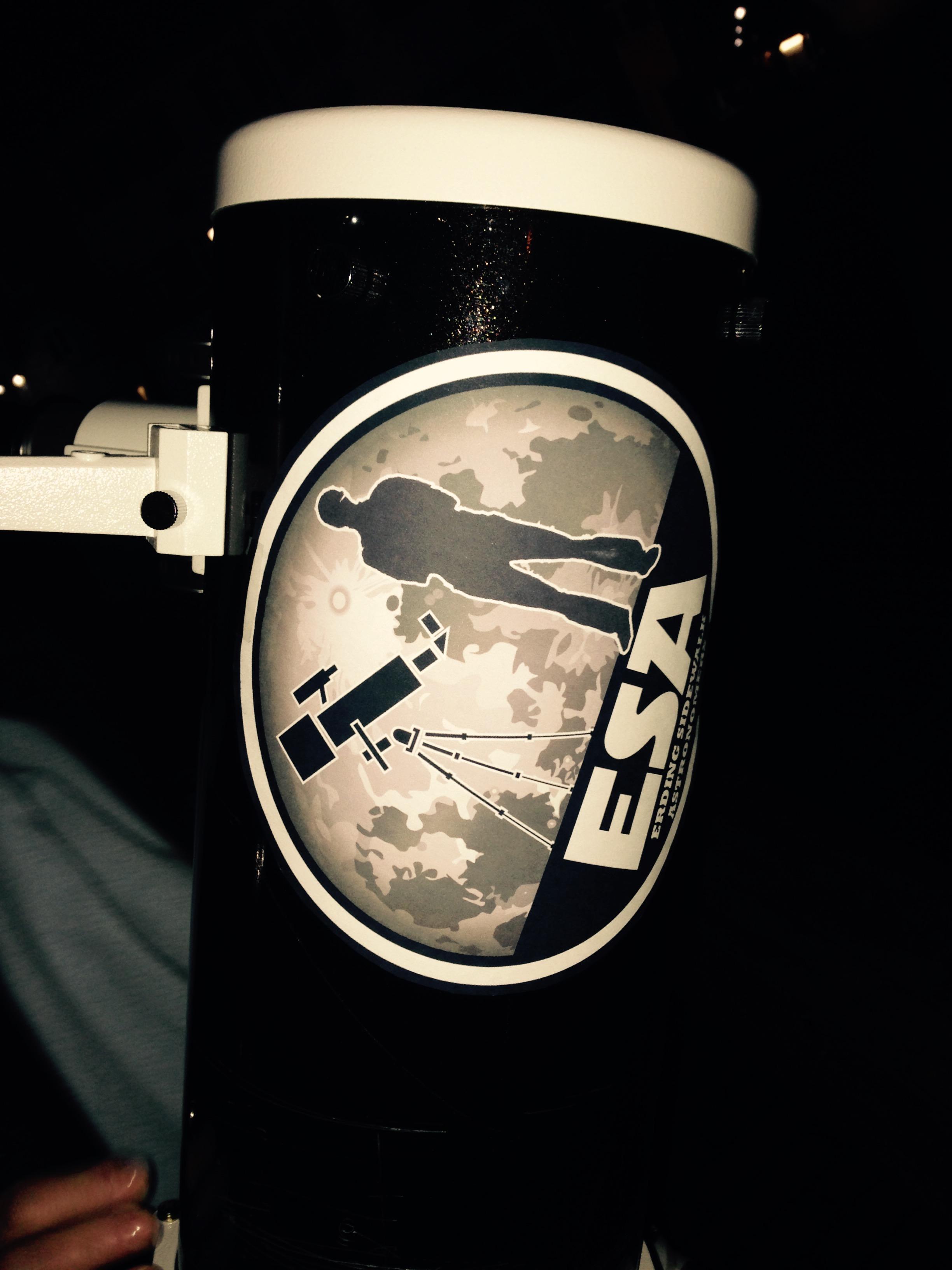 Unsere Logo auf dem Teleskop!