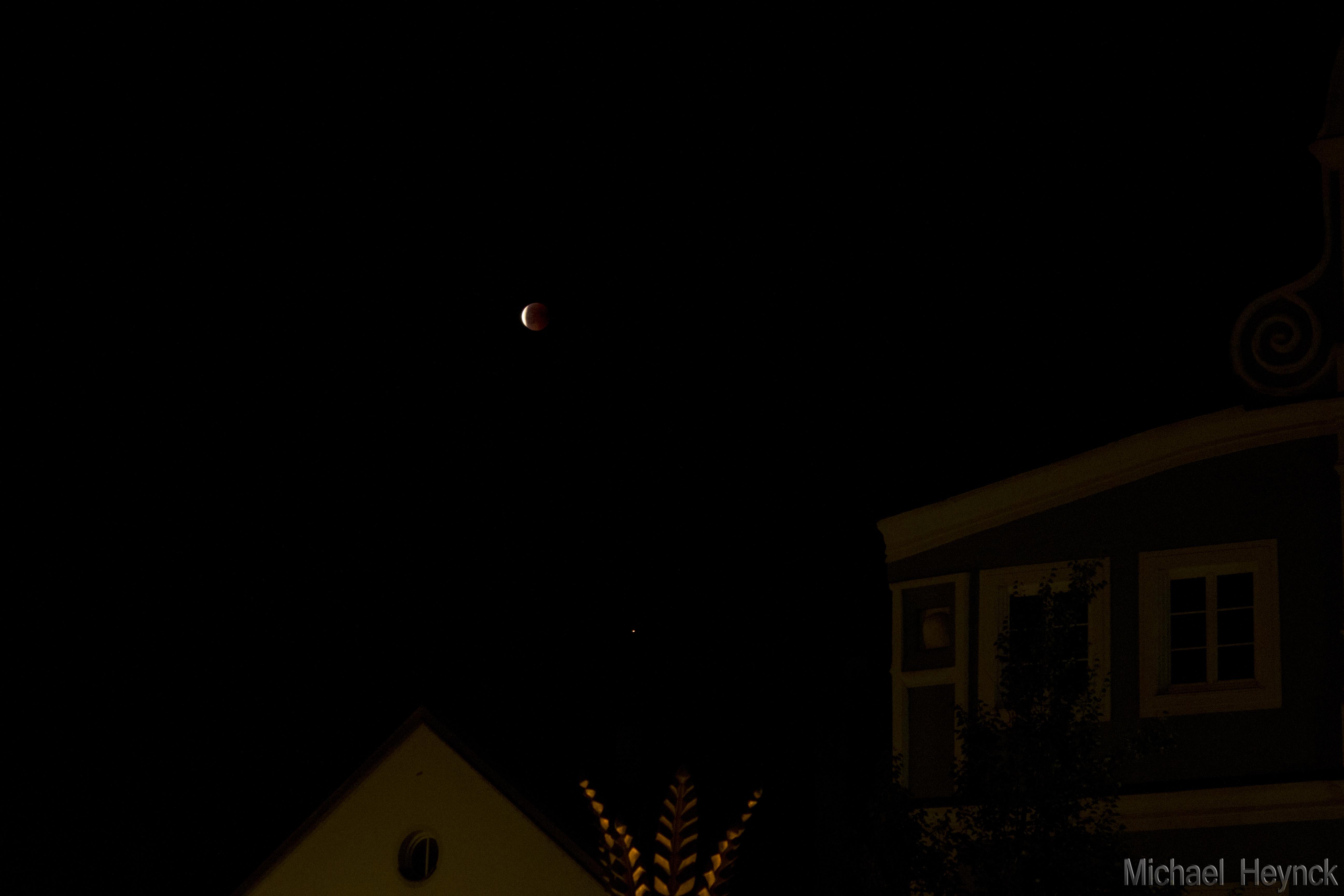 Mondfinsternis: 23:27 Uhr